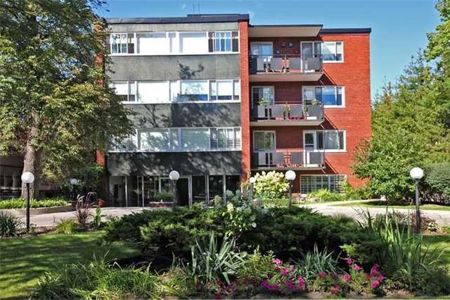 158 Crescent Road rosedale townhouses toronto 2 and 3 bedroom floor plans prices and listings