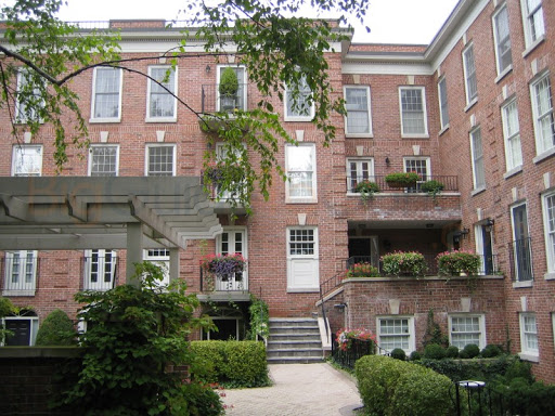 94 Crescent Road rosedale townhouses toronto 2 and 3 bedroom floor plans prices and listings